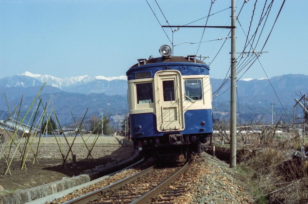 198304b_0119.jpg
