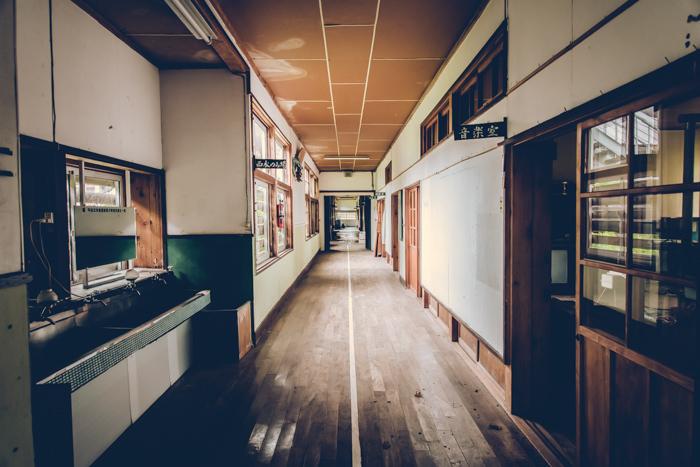 201707_abandoned_school_1.jpg