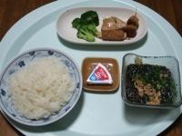 7/11 昼食 こんにゃくそうめん、肉巻ポテト、鶏塩麹焼き、牛串、ブロッコリー