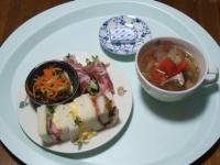 7/22 昼食 サンドイッチ、きゅうりの生ハム巻き、にんじんサラダ、野菜スープ