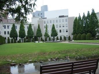 8/6 手入れの行き届いた庭園 ノリタケの森