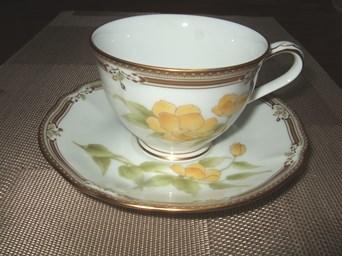 8/11 20年ほど前に買ったノリタケのコーヒーカップ