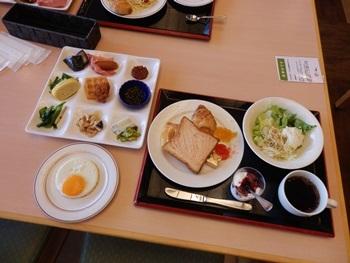 5/2 朝食バイキング  萩本陣