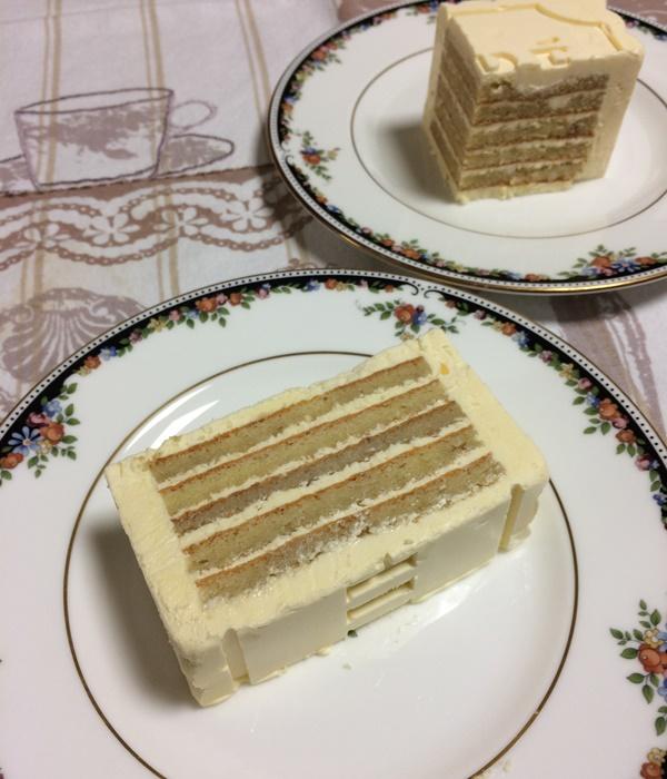 バターケーキカット