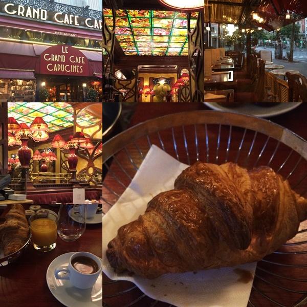 カフェで朝食