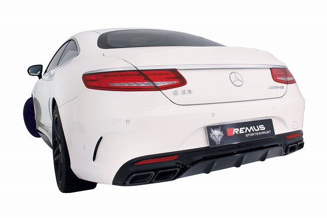 210_S63_AMG_Coupe.jpg