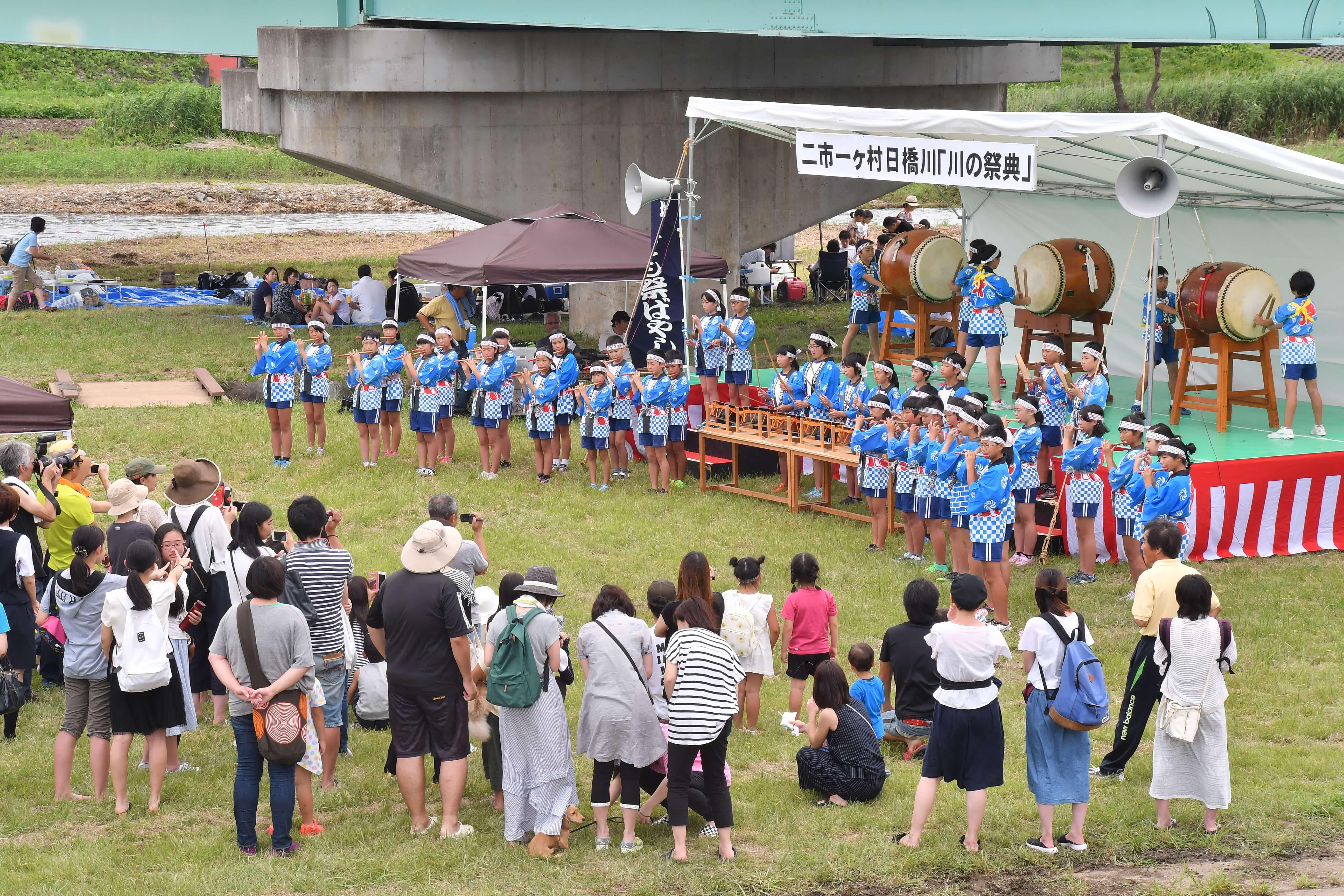 塩川小学校祭囃子演奏