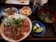 浜松町 魚料理 芝文 しらすとカツオ漬け丼(2017/5/12)