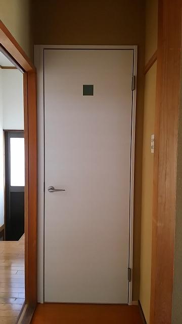 11_洗面室ドア