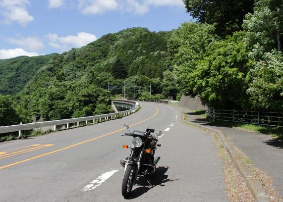 渡良瀬川沿いR122