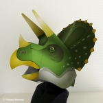 紙製恐竜トリケラトプスかぶりもの型紙
