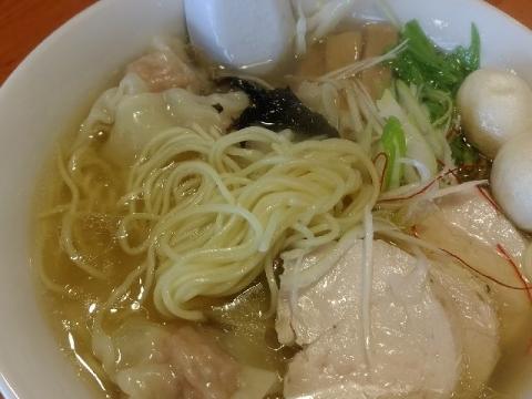 来味・H29・8 デカわんたん鶏塩らぁ麺 麺
