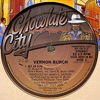 VernonBurch-GetUp落書200