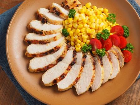 鶏むね肉のタバスコチーズ焼ン10