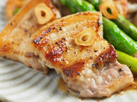 豚ばら肉とレンコンの塩焼き11