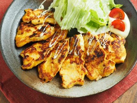 鶏むね肉のヨーグルトカレー焼10