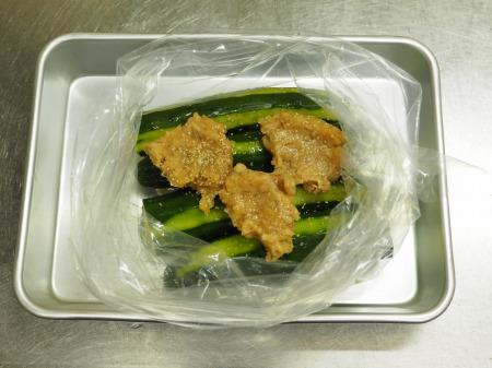 きゅうりの簡単味噌漬け029