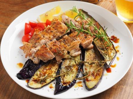 鶏もも肉と茄子のローズマリー007