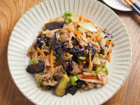 野菜たっぷり豚味噌炒め022