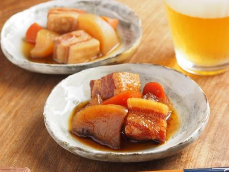 豚ばら肉と大根の煮物019