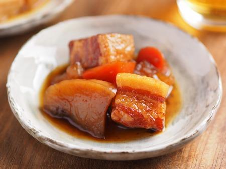 豚ばら肉と大根の煮物013