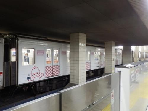 train-osaka-003.jpg