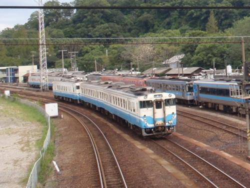 train-tokushima-002.jpg