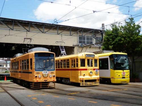 train-tokyo-013.jpg
