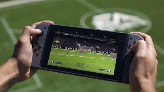 【朗報】ニンテンドースイッチ版『FIFA18』はおすそ分けプレイ対応で9月29日(金)発売!