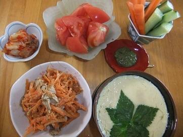 茶碗蒸し、サラダ3種、キムチ
