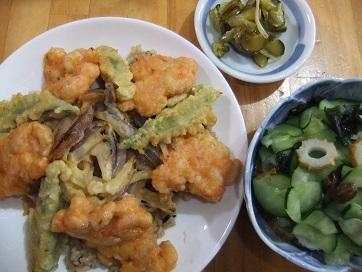 天丼、酢物、Qちゃん
