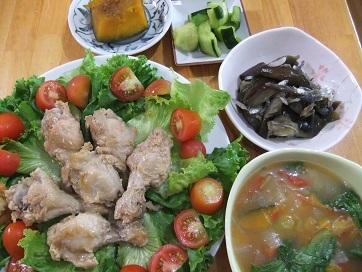 手羽元、南瓜煮、スープ、ナス雑魚