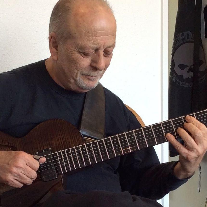 Ron Escheté