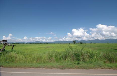 国境の向こうにある雲