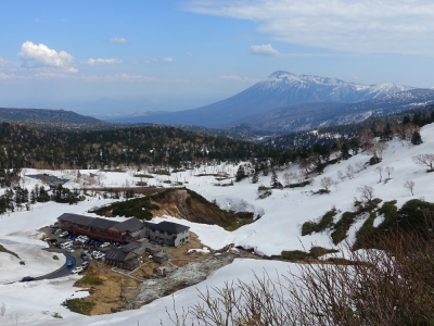 藤七温泉・彩雲荘と岩手山