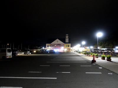 道の駅伊東マリンタウン 夜の駐車場