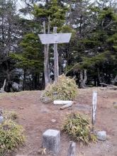 (14)20170514_前袈裟丸山々頂_2
