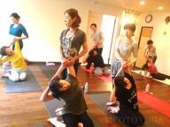 6月のハタヨガ中級 特別ワークショップ 京都ヨガ・IYC京都 アナオヨウコ・アナオユキコ