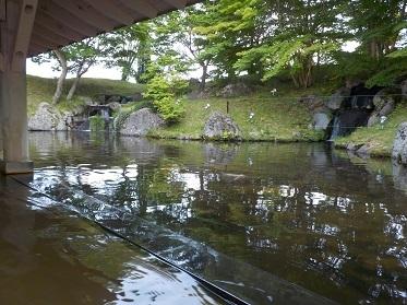 雫石プリンス池