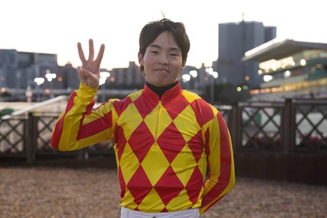 171227 瀧川寿希也騎手 300勝-04