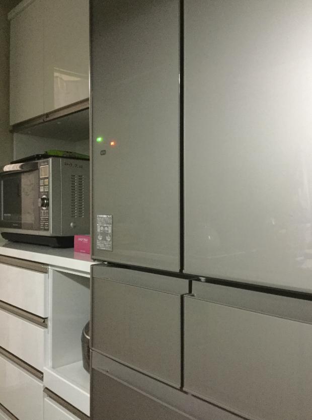 食器棚冷蔵庫