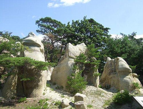 奇岩ーキノコ岩004