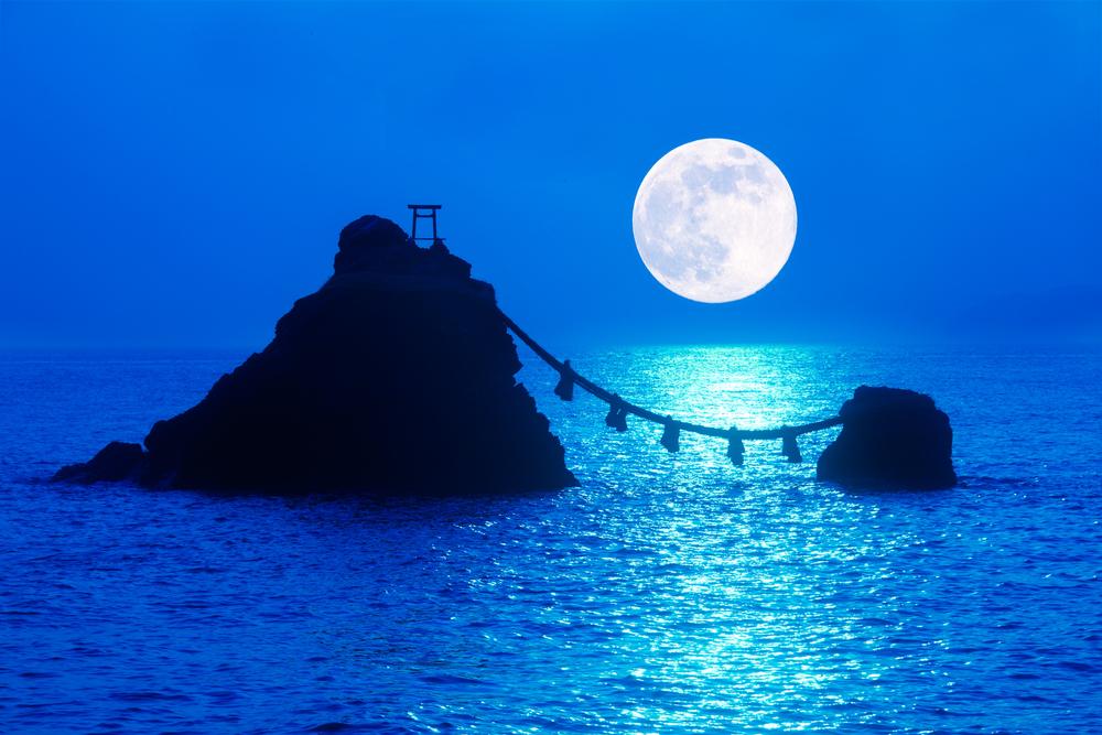 夫婦岩 月の出