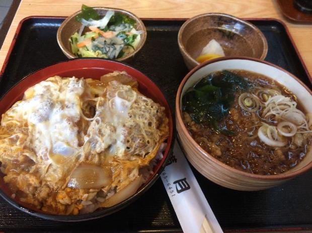 カツ丼セット@満月 (1)