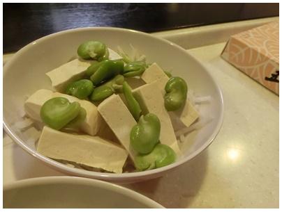 岩豆腐4(サラダ1)