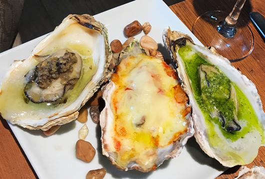 4_『焼き牡蠣』バジル・タップナード・チーズ
