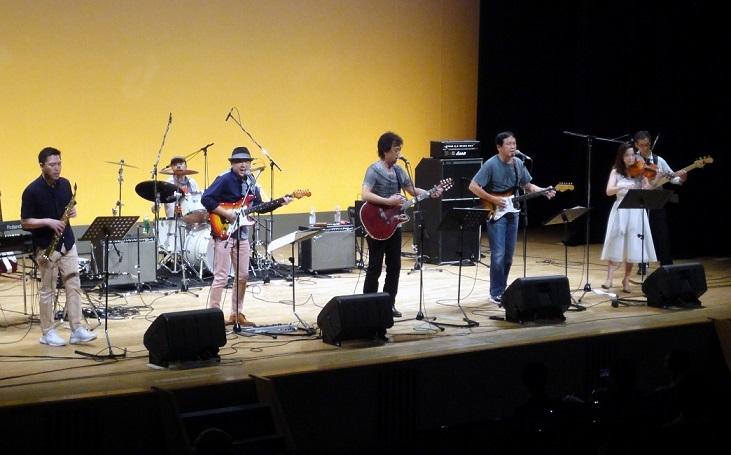 Johnny Band1