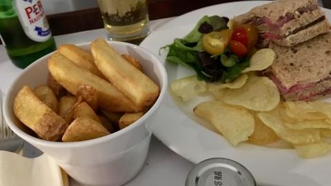 Chips & Crisps