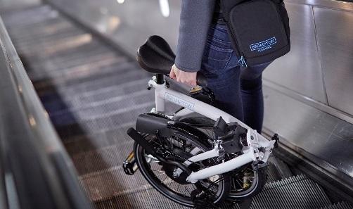 brompton-electric-bike_urbancycling_5.jpeg