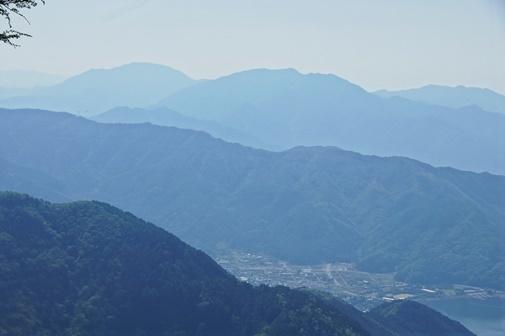 20170521-20 中藤山より御正体山
